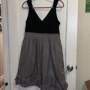 Black and gray sleeveless dress - with pockets!